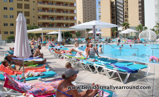 Port benidrm Poolside